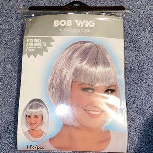 Silver Sparkly Bob Wig